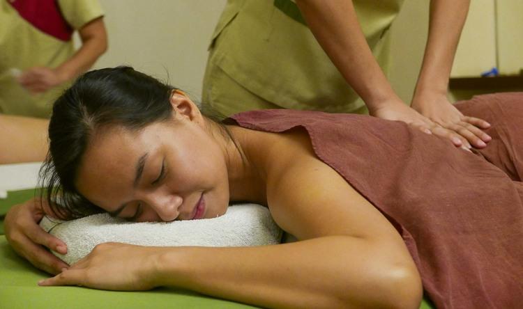 Authentic Shiatsu with Oil Massage (1.5 hour)