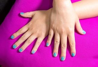 Manicure & Pedicure Gel + Eyelash Extensions