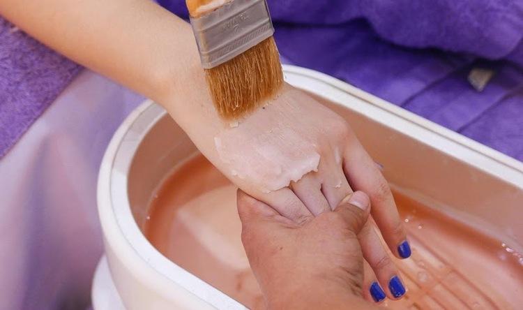 Hand Massage + Hand Paraffin