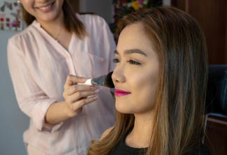 Hair & Make-Up with Regular Manicure and Regular Pedicure
