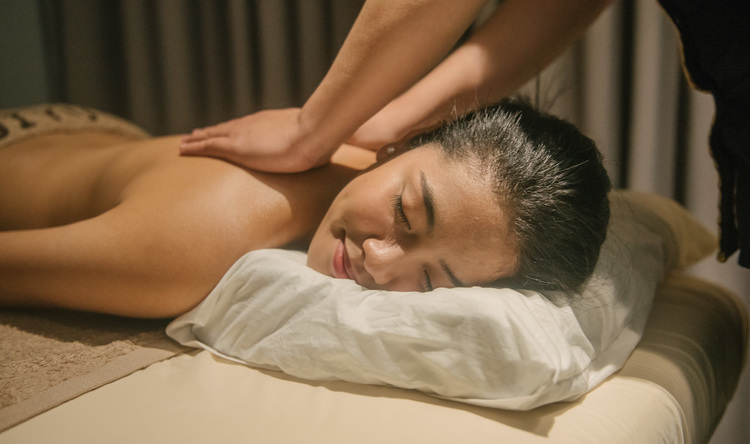 JIYU Aromatherapy Massage (60 minutes)