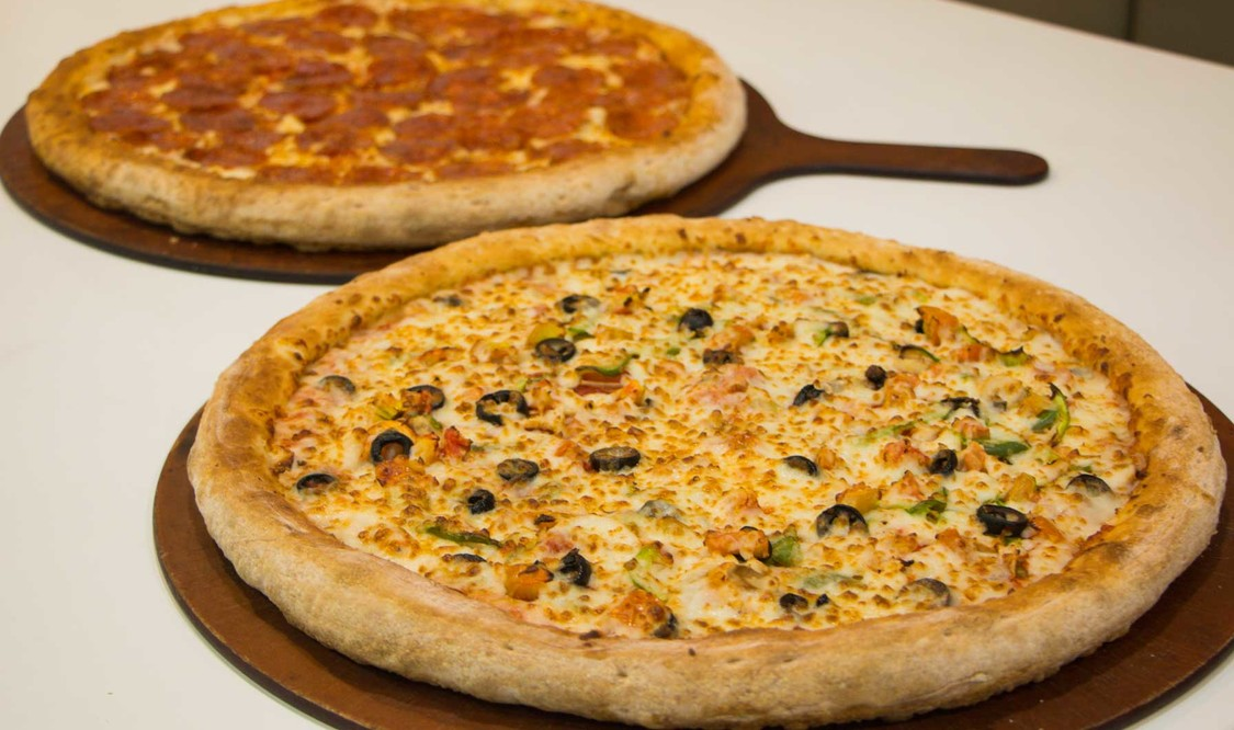 """Mix and Match 14"""" Classic Pizza"""