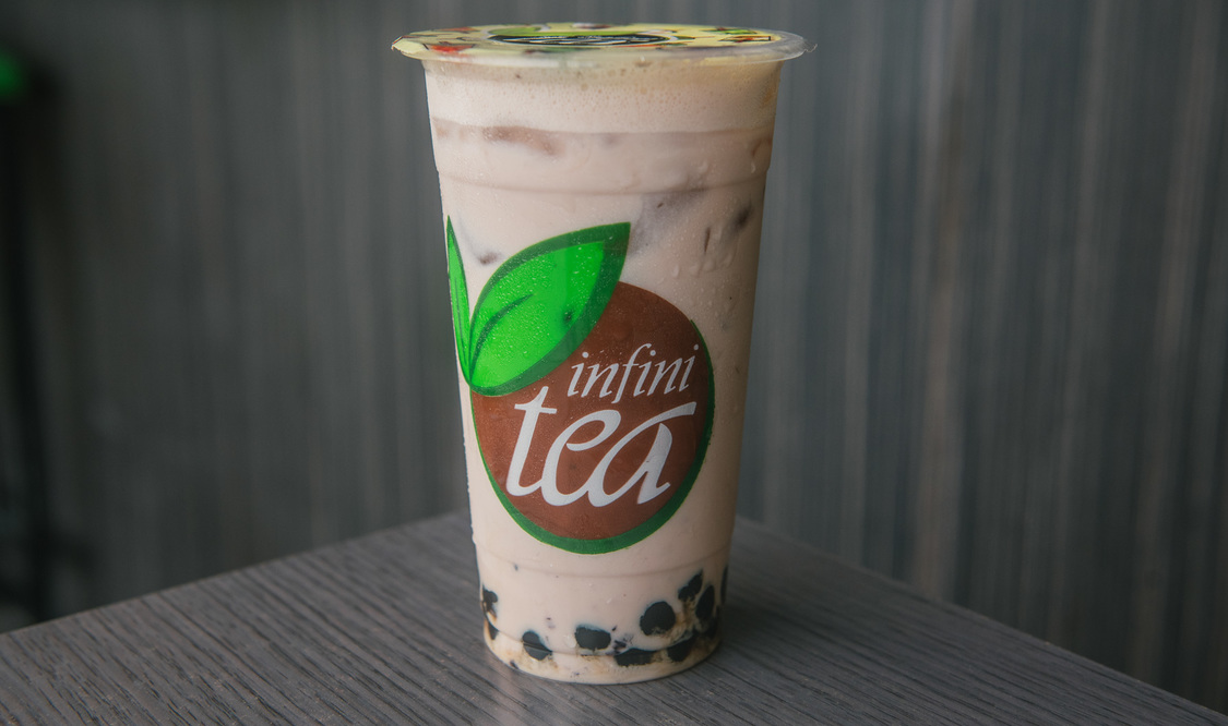 Large Blueberry Milk Tea with Pearls