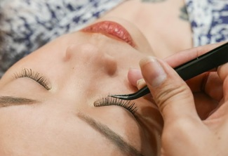 Unlimited Eye Lash Extension
