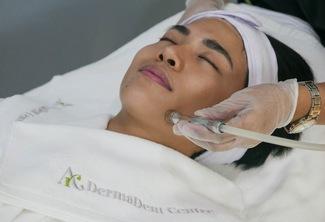 Clarifying Facial with Diamond Peeling