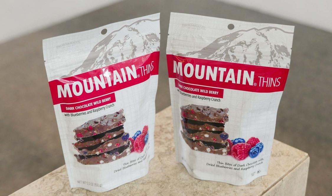 Mountain Thins Dark Chocolate Wild Berry