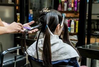 Haircut and Semi di Lino Hair Treatment