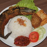 Fried Cat Fish with Terasi and Rice