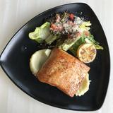 Seared Salmon w/ Lemon Butter Sauce